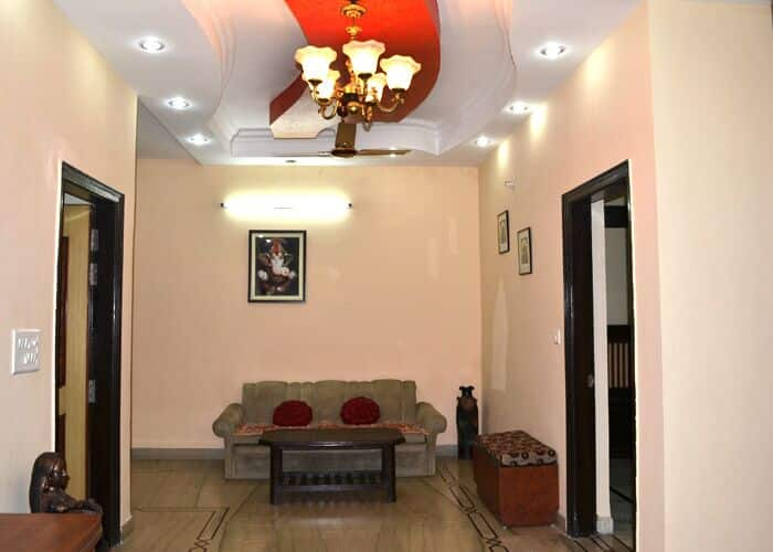 Sanskriti Homestay, Shamsabad Road, TG Stays Chamroli Road